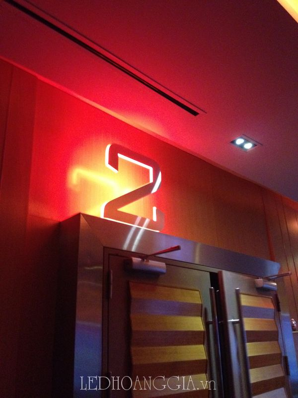 Chữ Nổi gắn bóng LED
