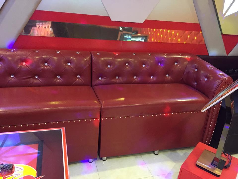 Sản xuất bàn ghế theo thiết kế dành riêng cho karaoke - Bar