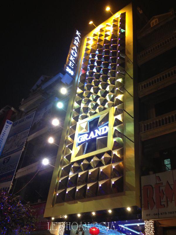 Biển quảng cáo cho karaoke