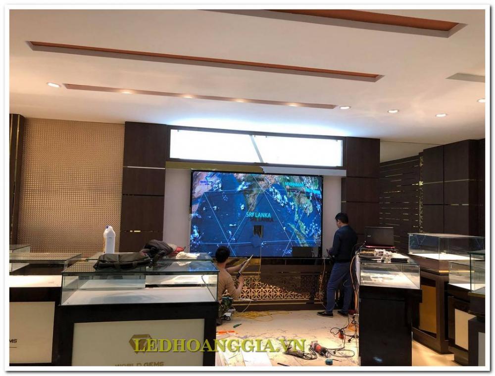 Màn hình LED P2,5 trong nhà