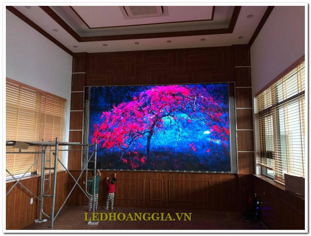 Màn hình LED P2 trong nhà